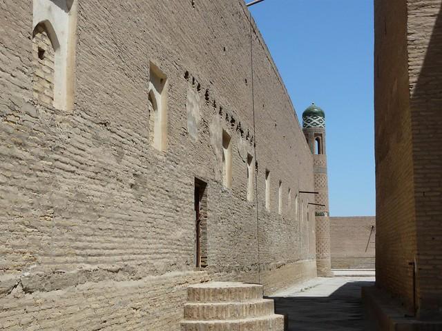 Callejón de Khiva (Jiva) en Uzbekistán