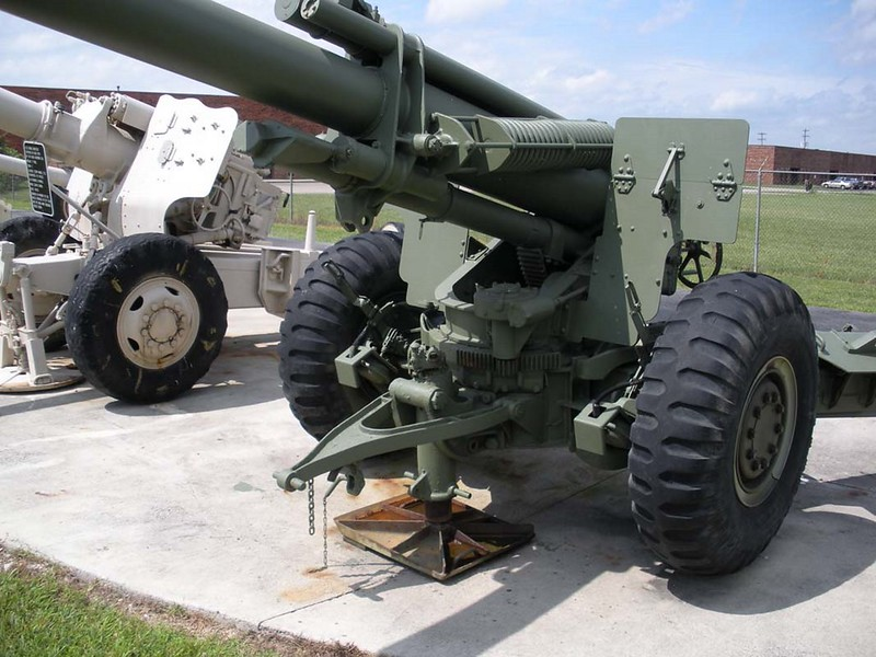 US 155mm M1A1 Howitzer 2