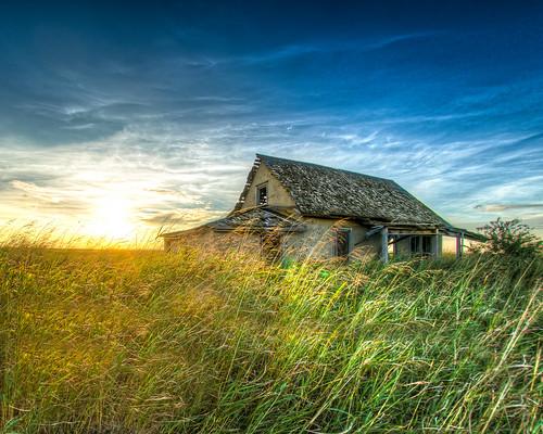 fargo oklahoma unitedstates abandoned farm sony sigma15mm hdr blue green sky grass decay rural gary garyinhere sunset sunrise