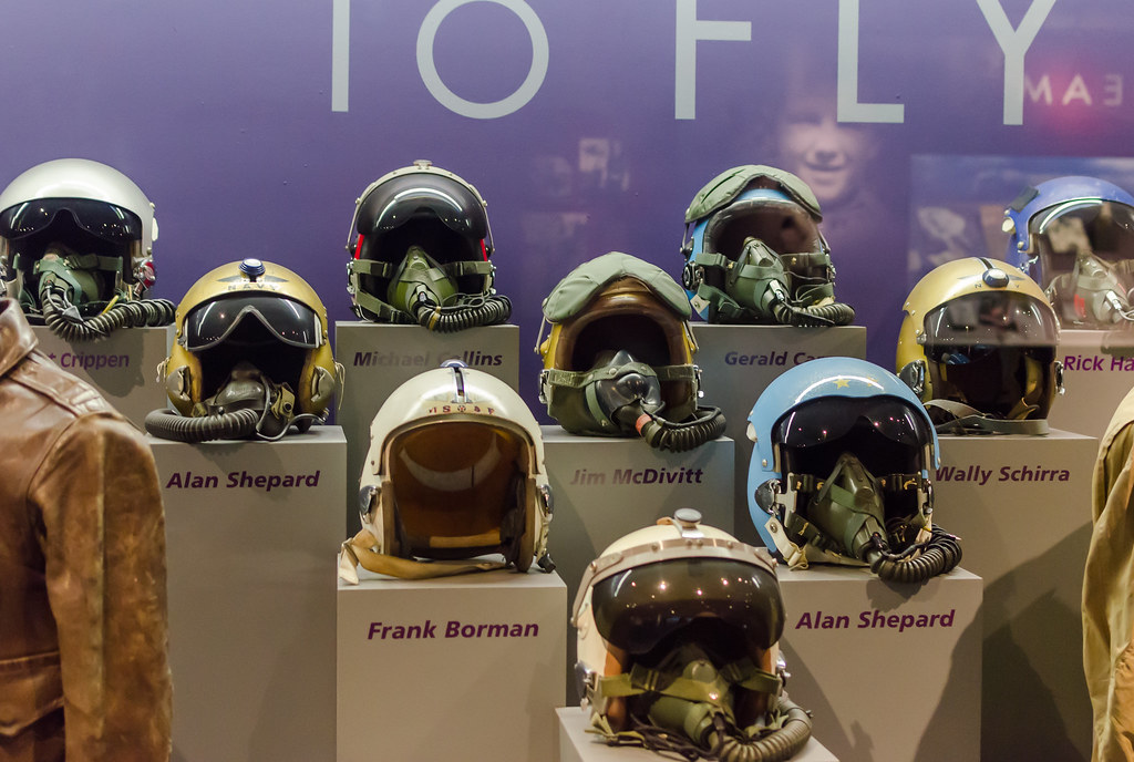 astronaut helmet from kennedy space center - photo #28