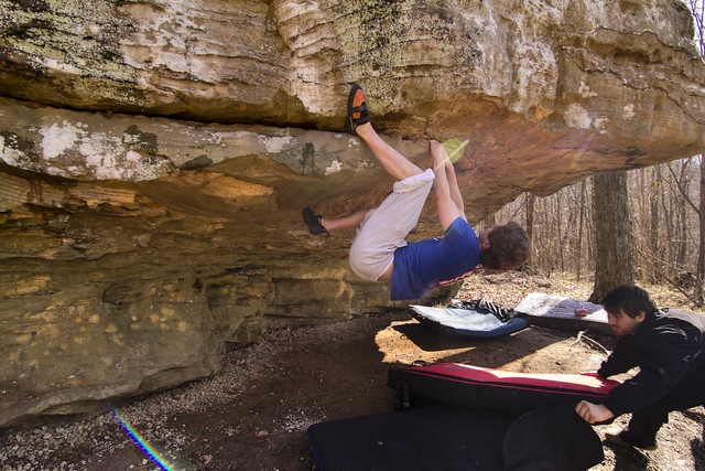 Brock Rust bouldering, Sheeps Bluff, Putnam Co, TN