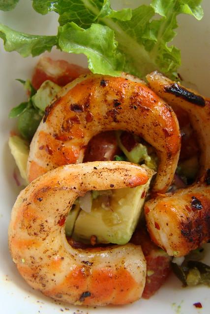 Spicy Shrimp with Grapefruit and Avocado Salsa Salad