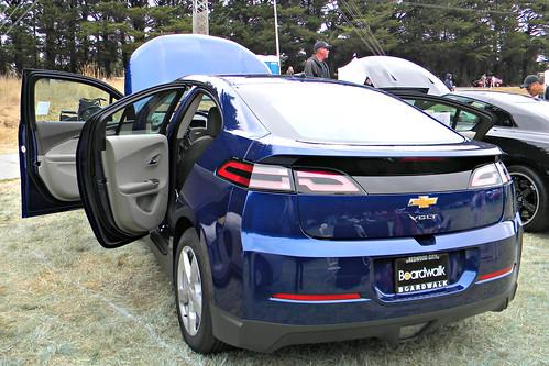 2013 Chevrolet Volt 2 Photo
