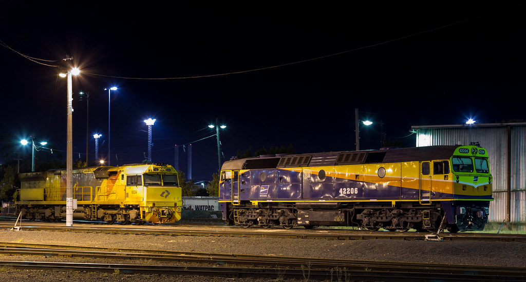 42206 and 6024 at North Dynon by michaelgreenhill