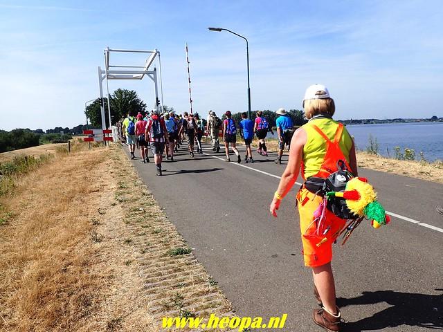 2018-07-20     4e dag Nijmeegse   4 daagse (97)