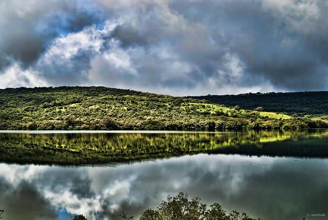 Utopian Lake Mirror!