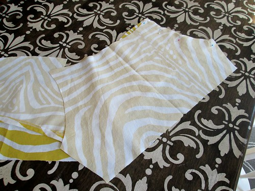 Sis Boom Meghan bodice pieces in Lauralee fabric