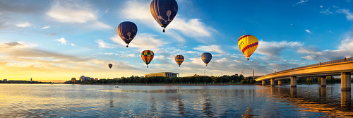 morning bridge lake water clouds sunrise pano capital balloon flight australia panoramic nsw canberra hotairballoons act nationallibrary lakeburleygriffin commonwealthbridge natiion brucehood balloonspectacular canberra100 d800e