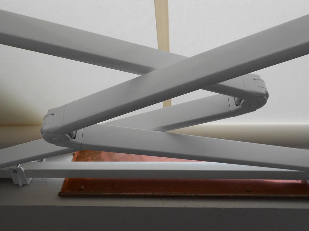 Tende da sole Torino Tende da sole a bracci incrociati (7)