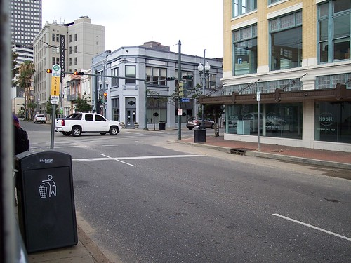Howard Ave - Carondelet St