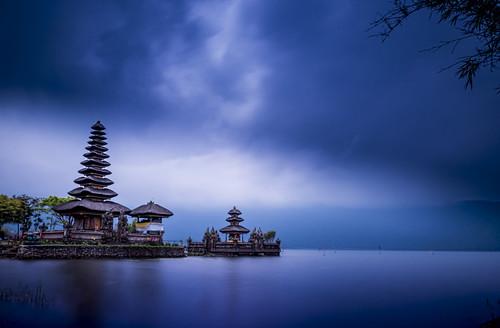 Ulundanu temple - Bali