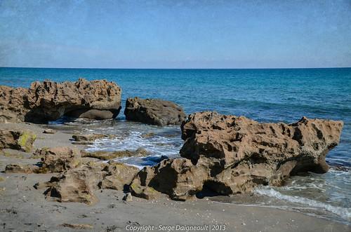 usa seascape texture beach rock florida tequesta coralcovepark nikond5100 sigma1802500mmf3563 ©sergedaigneault