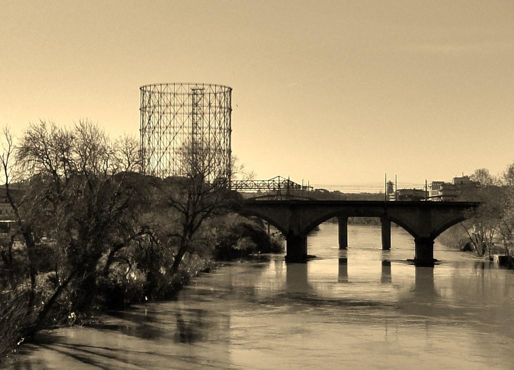 Roma - Gazometro da Ponte Testaccio