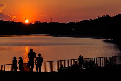 sun summer artmuseum sunset fairmount people sky silhouette water landscape philadelphia clouds pennsylvania unitedstates us nikon d800e fence hff