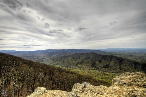 blue sky clouds landscape spring view ridge parkway vista overlook hdr ravens roost