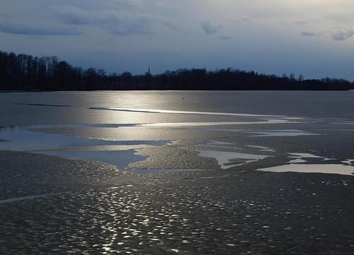 light sky cloud sun lake ice water lago see evening spring meer estonia estland viro estonie λίμνη эстония saadjärv tartumaa oзеро äksi εσθονία