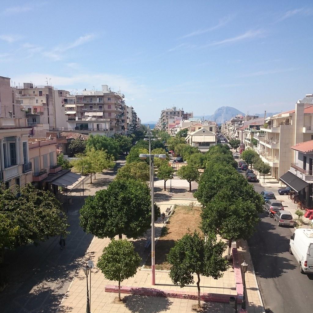 Πλατεία Τριών Ναυάρχων, από ψηλά. Πάτρα | Κύρος | Flickr