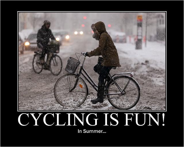 Cycling is Fun! In Summer... - Copenhagen Bikehaven by Mellbin