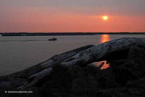 wood sunset sun lake water marina boat buffalo downtown branch lakeerie waterfront niagara greatlakes boating niagarariver darkforeground eriebasinmarina downtownbuffalo buffalowaterfront buffaloniagara