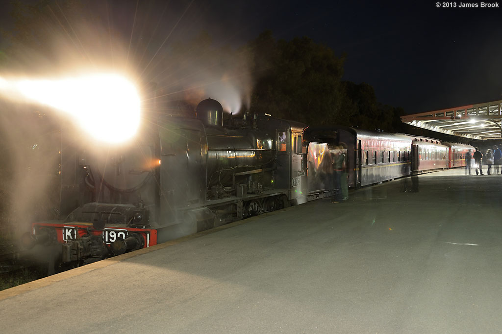 K190 at Castlemaine by James Brook