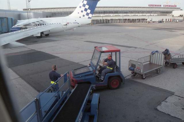 Landing at Copenhagen, 1999