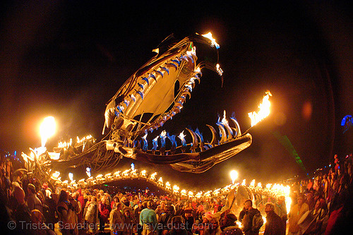 10095-burning-man-2006 - Serpent Mother - Giant snake skeleton fire sculpture - head | by loupiote (Old Skool) pro