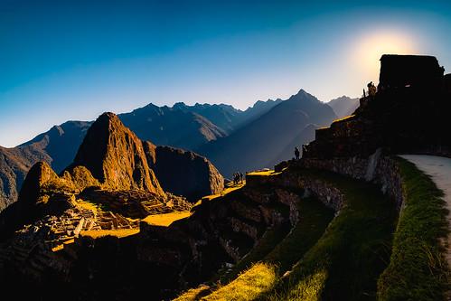 cuzco peru pe sunrise machupicchu machu picchu mountains mountain sun colours light contrast inexplore