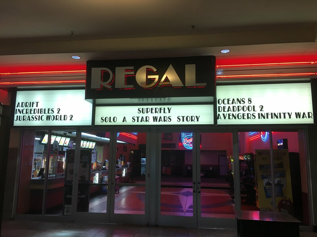 UA East Towne 7 / Regal Cinemas Knoxville Center 10 - Marq… | Flickr