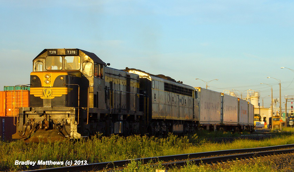 ELZ T378-S303 on #9361 down Tocumwal Freight at Sims St Junction (5/4/2013) by Bradley Matthews
