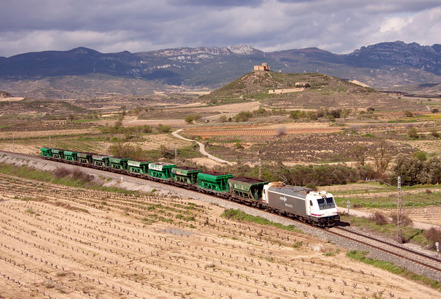 Tren de manganeso Muriedas-Monzón en San Asensio