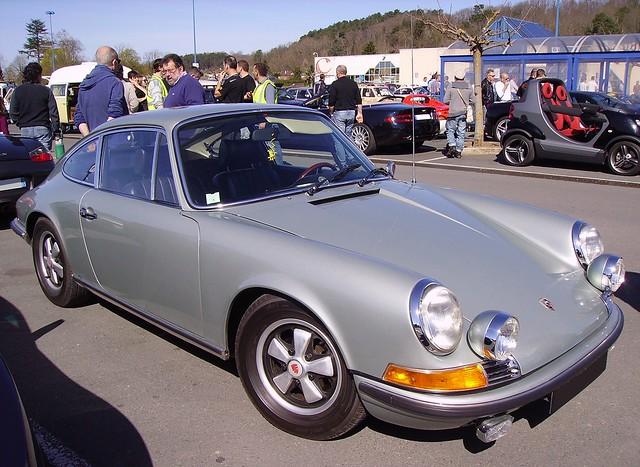 Porsche 911-grey