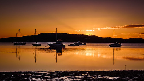 daybreak landscape sailboats nature australia reflections tascott outdoor nswcentralcoast newsouthwales koolewong nsw brisbanewater orange scenery centralcoastnsw marina boats photography dawn outdoors waterscape sunrise centralcoast bay water
