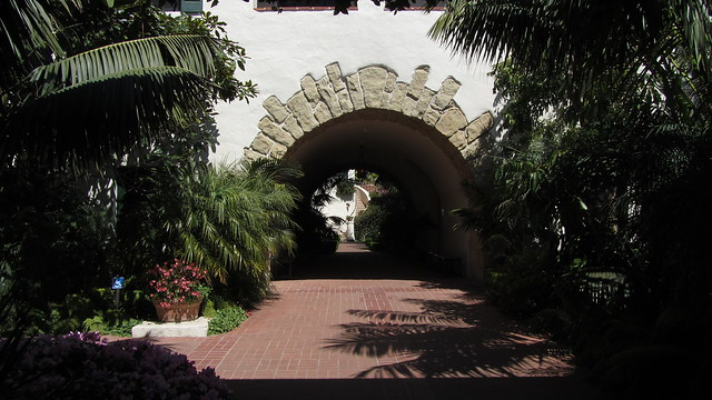IMG_7844 Biltmore archway