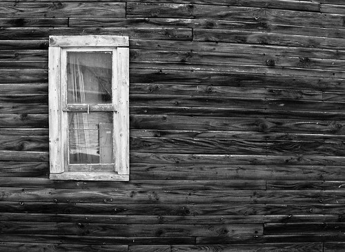 wood bw ontario canada window rural settling stayner clearviewtownship carriageshed