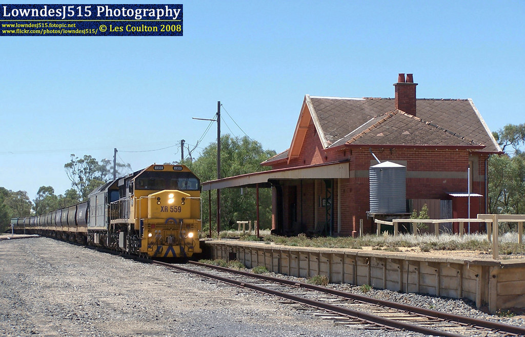XR559 & G526 at Beulah by LowndesJ515