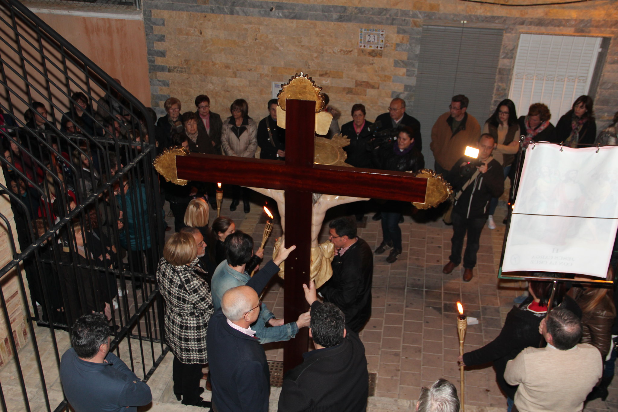 (2015-03-27) - VI Vía Crucis nocturno - Antonio José Verdú Navarro (24)