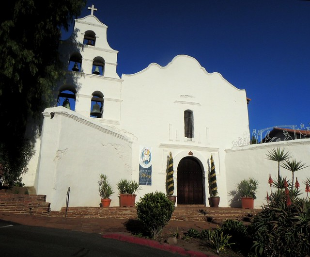 San Diego Mission by bryandkeith on flickr