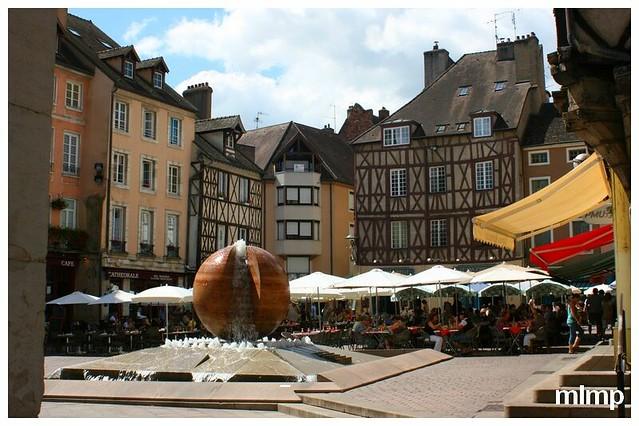 Place Saint Vincent de Chalon sur saone