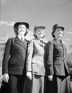 Members of the Women's Royal Canadian Naval Service (WRCNS), CWAC, and the Royal Canadian Air Force Women's Division (RCAF-WD)... / Membres du Service féminin de la Marine royale du Canada, du SFAC et du Service féminin de l'Aviation royale du Canada