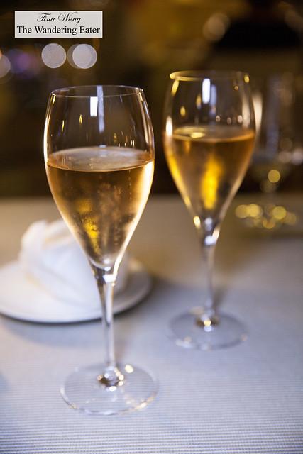 Our flutes of Pommery Brut Rosé Champagne