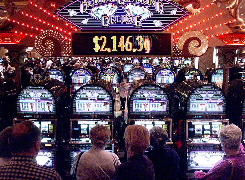 Играть игровые автоматы на деньги