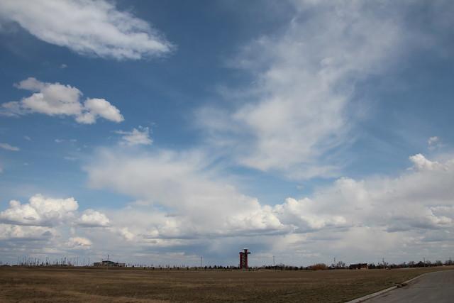 042113 - Weak Nebraska Storm Cells but Fantastic Light