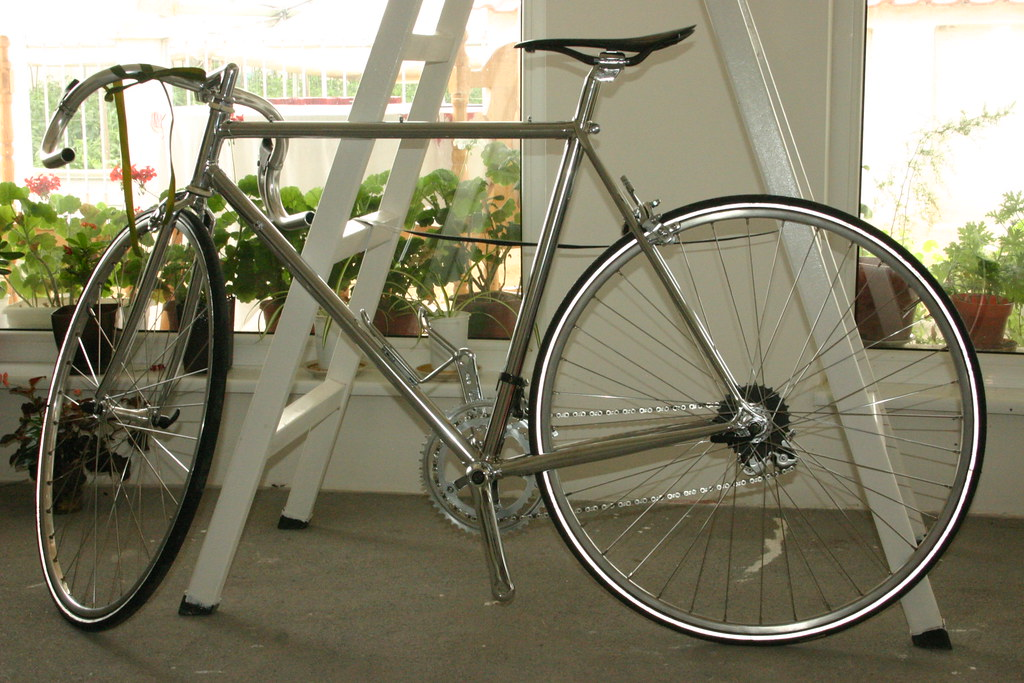 http://ross-bikes weebly com | This bike was made all by han