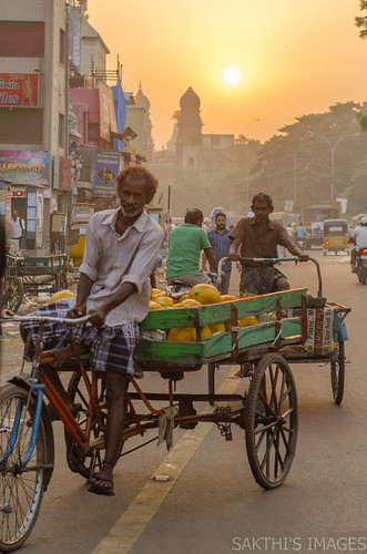 parrys sunrise nsc bose road rickshaw street sun cloudy chennai city tamli nadu india cwc 557