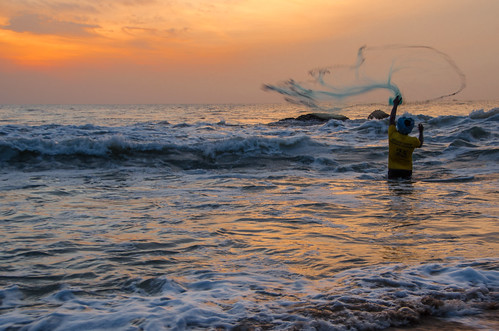 fishermen fishing kovalam sunrise beach chennai cwc540 outdoor ocean sea water