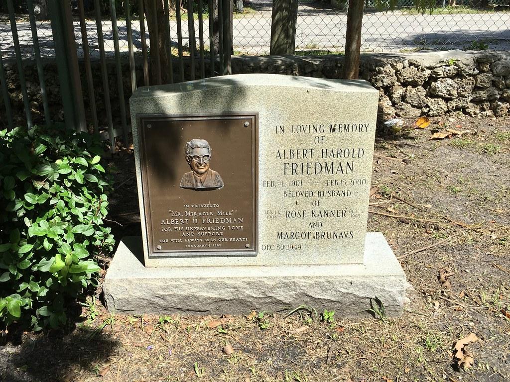 Mr Miracle Mile Albert Friedman Gravestone Graceland Memor