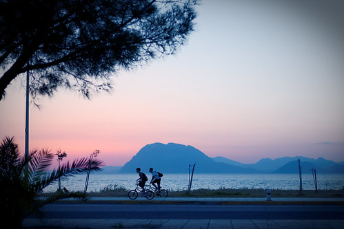 bikers sea beach road mountains sky colors trees sunset 50mm iroonpolitechniou patras achaia peloponnese greece