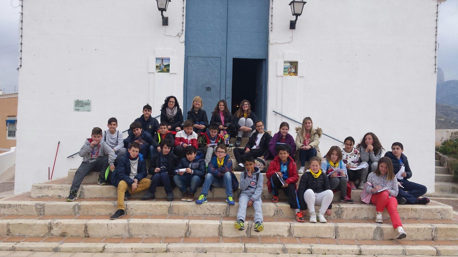 (2016-03-18) - aVisita ermita alumnos Pilar, profesora religión 9´Octubre - María Isabel Berenguer Brotons (11)