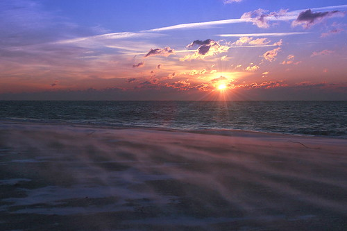 jonesbeach jonesbeachstatepark sunrise blue goldenhour winter wind sand southshore atlanticocean longisland nassaucounty sunrays clouds sky neutralmilkhotel cold isolated desolate