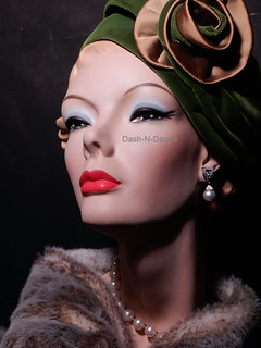 50s millinery bust
